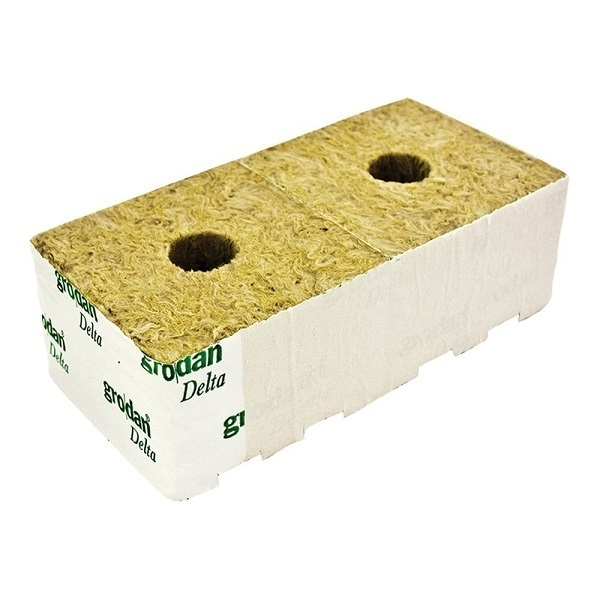 Grodan Rockwool 4inch Cube Large Hole 100x100x75mm - Rockwool Cubes & Slabs